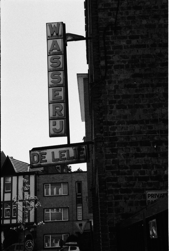 Leuven Wasserij Lelie agfa apx 100 Maria van Belstraat