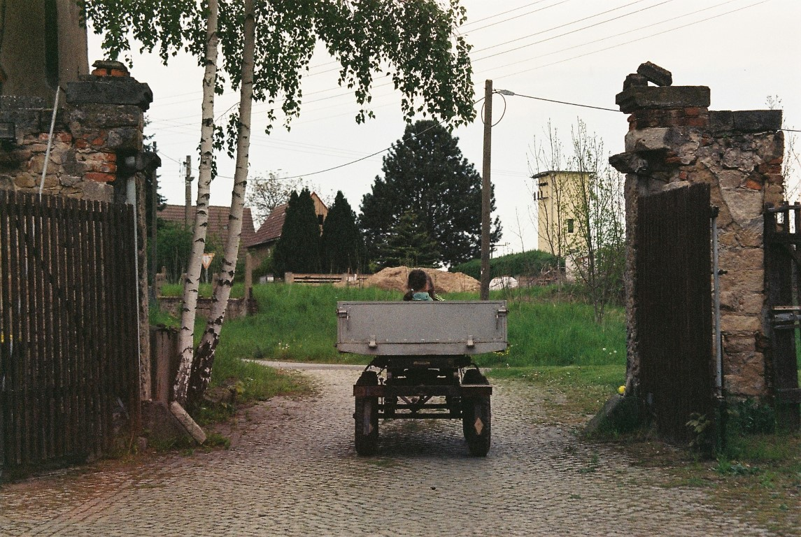 Hofeinfahrt film photography