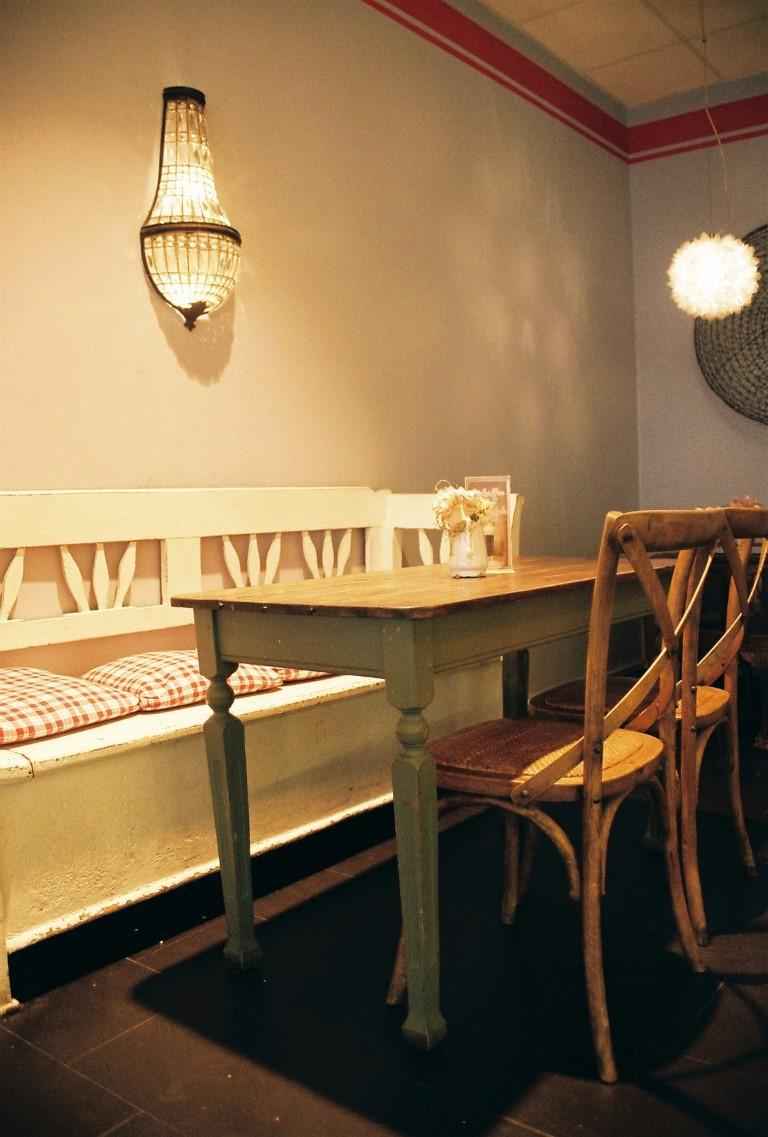 Croissanterie cafe Torgauer Baecker Breite Strasse