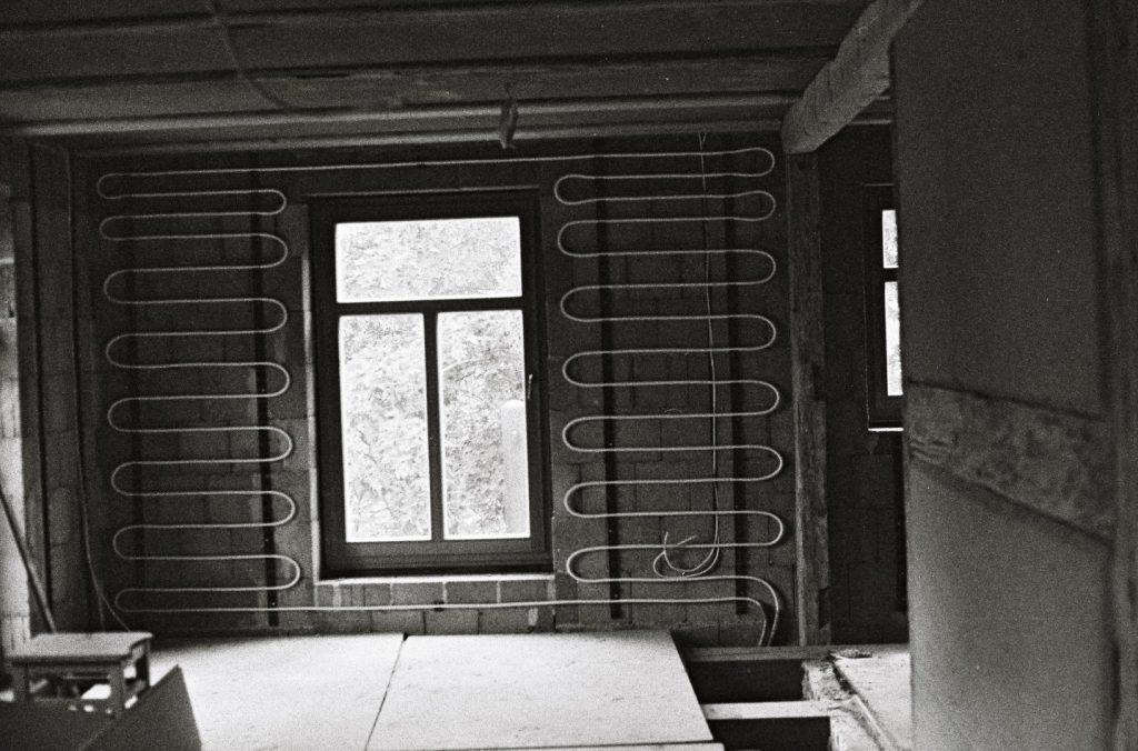 Wandheizung Sanierung Vierseithof Bauernhaus Dauerbaustelle